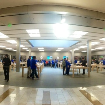 Photo taken at Apple Store, Bellevue Square by Javier V. on 2/12/2013