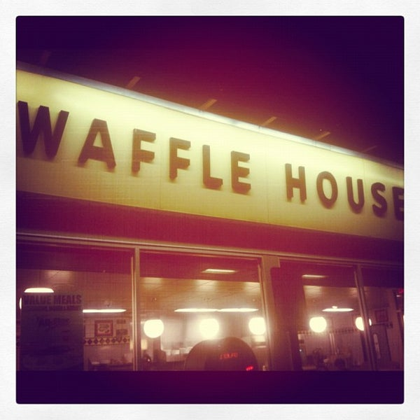Photo taken at Waffle House by Benjamin C. on 10/20/2012