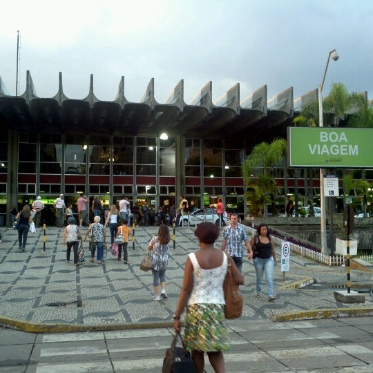 Photo taken at Terminal Rodoviário Governador Israel Pinheiro by Juscelino A. on 12/7/2012