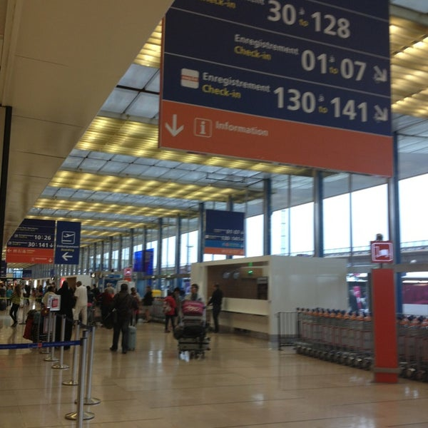 Photo taken at Aéroport de Paris-Orly (ORY) by Dina on 6/29/2013
