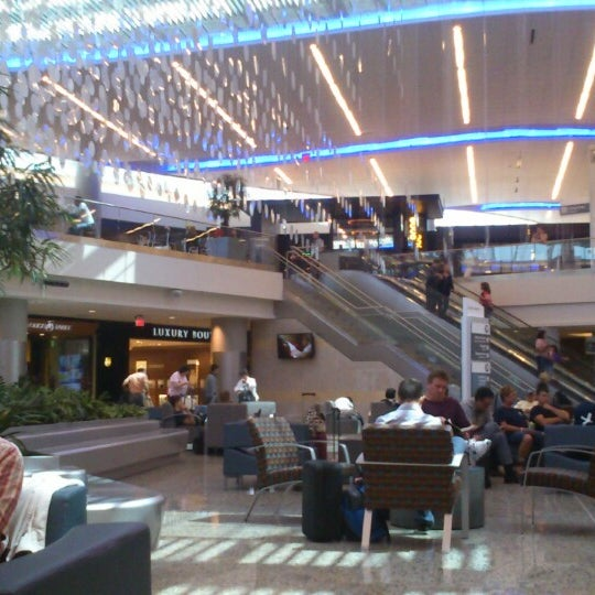 Photo taken at Hartsfield-Jackson Atlanta International Airport (ATL) by Ankita R. on 6/13/2013