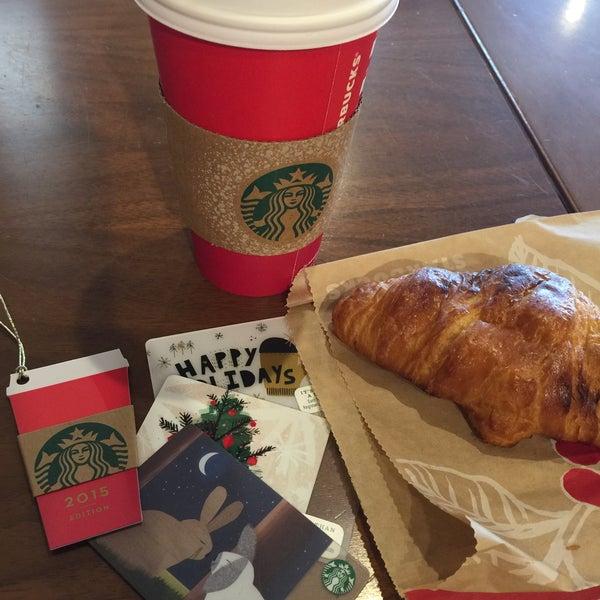 Photo taken at Starbucks by Paul on 12/9/2015