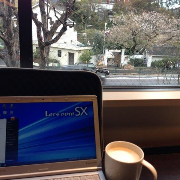 Photo taken at Starbucks by YUMIKO T. on 4/3/2013