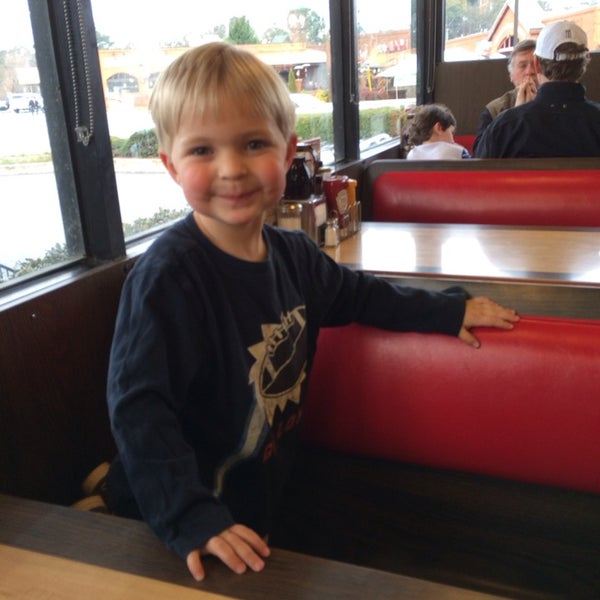 Photo taken at Waffle House by Brook H. on 3/15/2014