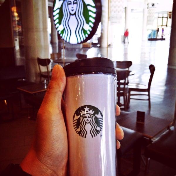 Photo taken at Starbucks by Chandra P. on 2/18/2016