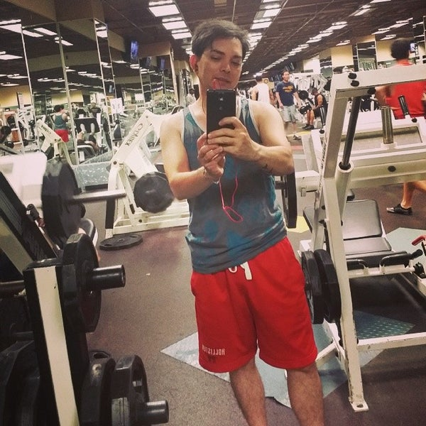 Photo taken at 24 Hour Fitness by Glenn on 5/21/2014