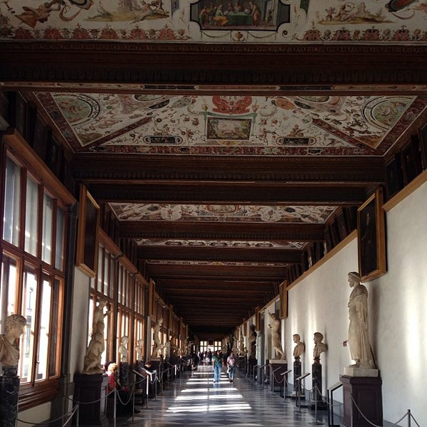 Photo taken at Uffizi Gallery by R A. on 4/17/2013