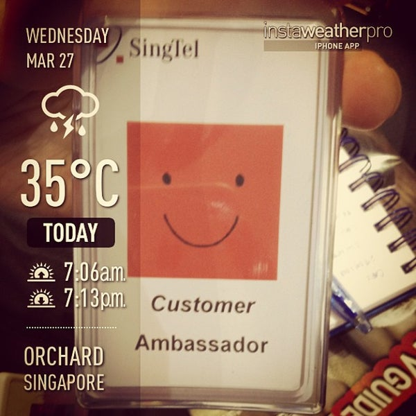 Photo taken at Singtel Shop by Arvin B. on 3/27/2013