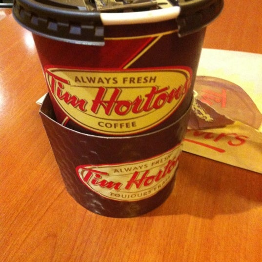 Photo taken at Tim Hortons by Ichigo B. on 10/22/2012