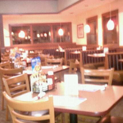 Photo taken at Denny's by Ryan B. on 8/28/2011