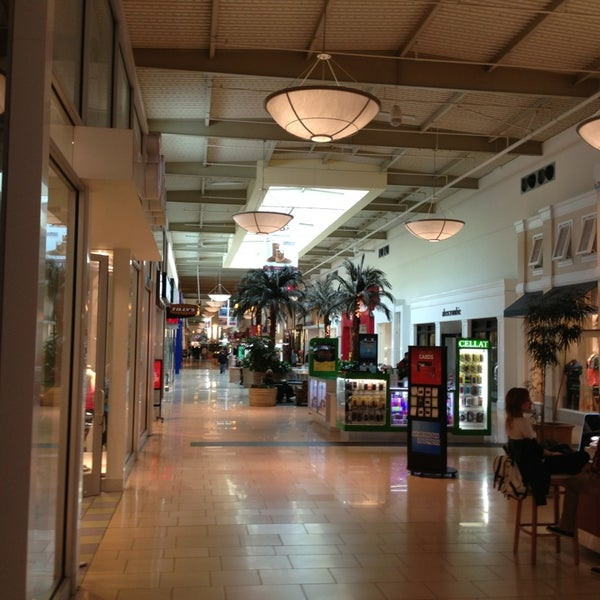 See S Candy Fashion Fair Mall