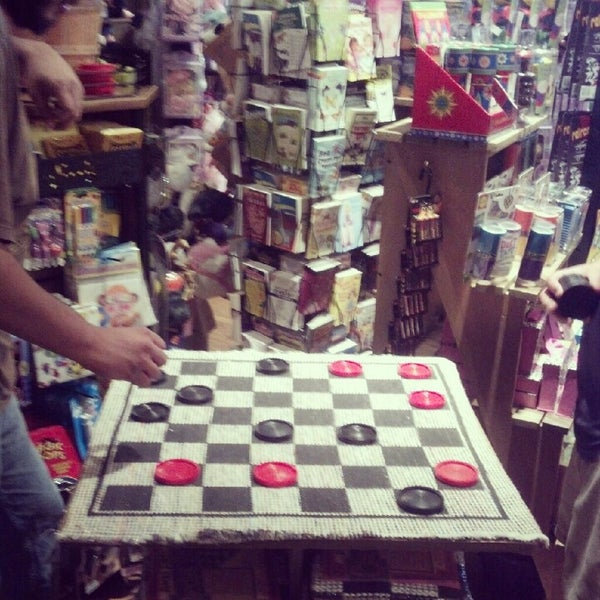 Photo taken at Cracker Barrel Old Country Store by Robert M. on 10/6/2012