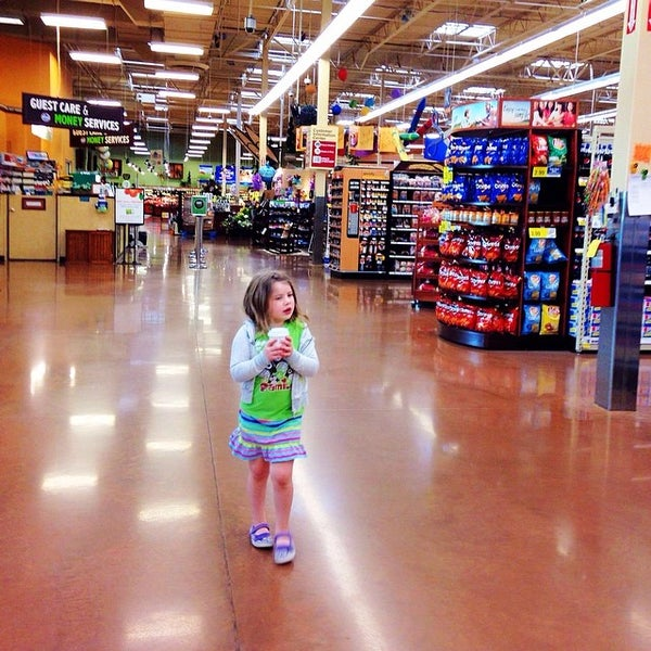 Photo taken at Kroger by Andy H. on 4/10/2014