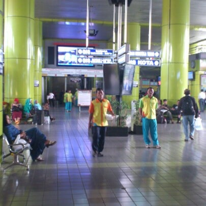 Photo taken at Stasiun Gambir by Alfarouq B. on 2/11/2013