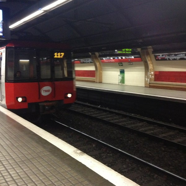 Photo taken at METRO Plaça de Sants by Eduardo C. on 7/4/2013