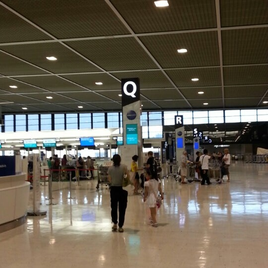 Photo taken at Narita International Airport (NRT) by factory38 on 7/12/2013