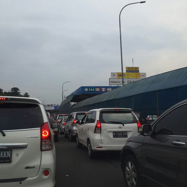 Photo taken at Gerbang Tol Cililitan by riana m. on 6/14/2014