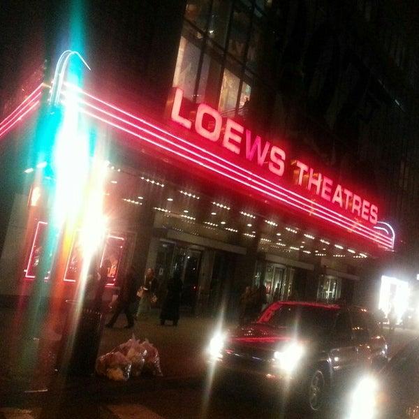 Снимок сделан в AMC Loews Lincoln Square 13 пользователем Sean C. 11/5/2012
