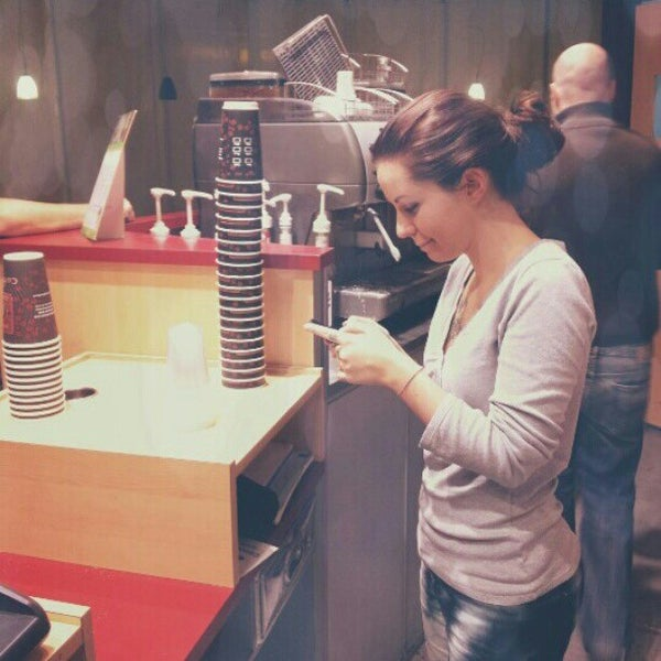 Photo taken at Arnold Coffee by Elisabetta C. on 1/16/2013