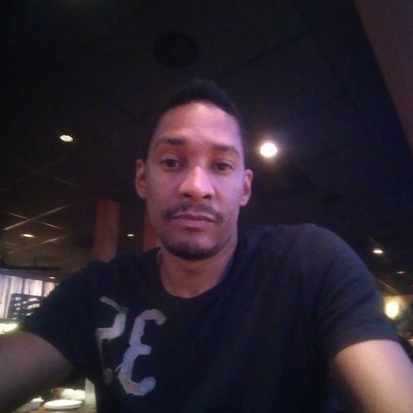 Photo taken at Outback Steakhouse by Monte R. on 7/3/2015