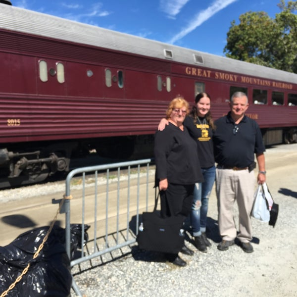Photo taken at Great Smoky Mountain Railroad by Anita 🤓 on 10/11/2016