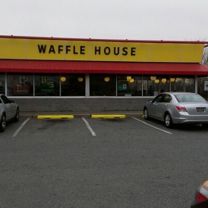 Photo taken at Waffle House by Bruce M. on 1/21/2013