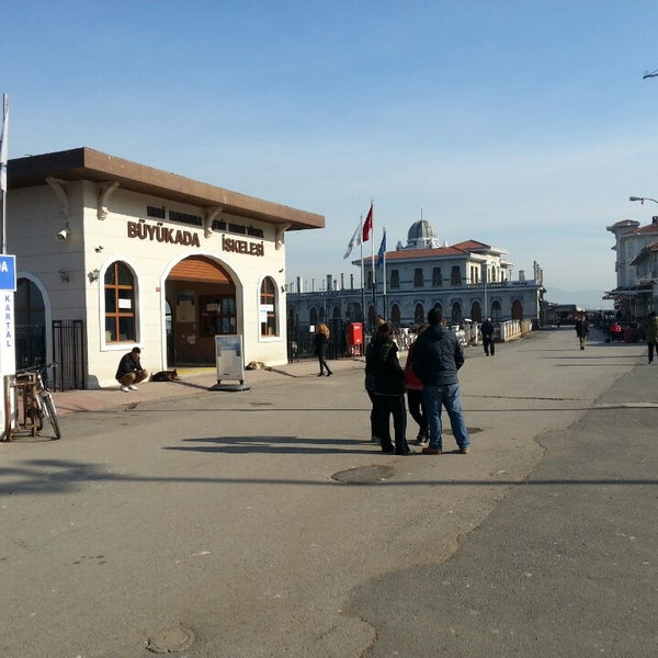 Photo taken at Büyükada Mavi Marmara Motor İskelesi by Hasan D. on 2/19/2013