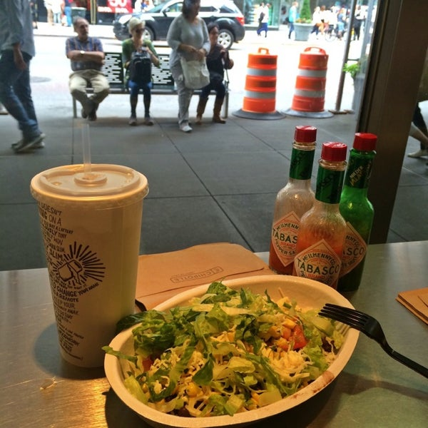 Photo taken at Chipotle Mexican Grill by Seher B. on 6/19/2014