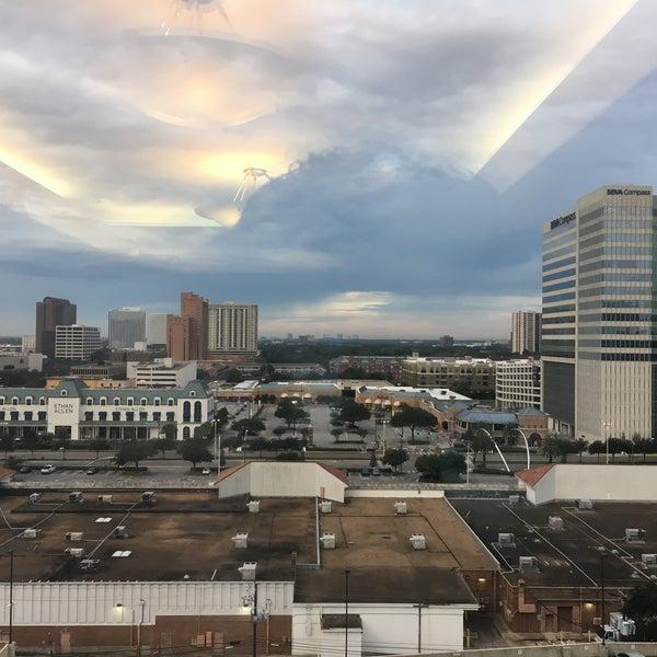 Photo taken at Sheraton Suites Houston Near The Galleria by Anton M. S. on 11/11/2016