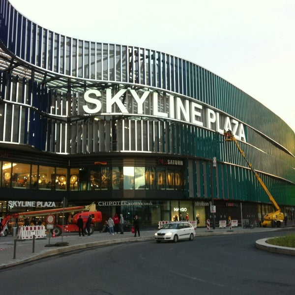 skyline plaza shopping mall in frankfurt am main. Black Bedroom Furniture Sets. Home Design Ideas