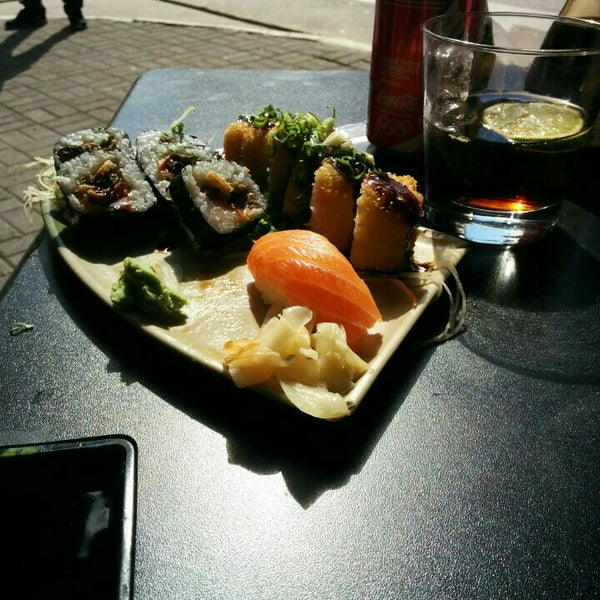 Photo taken at Lins Sushi by Felipe L. on 8/15/2015