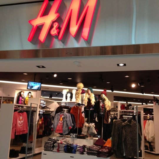 Photo taken at H&M by Lena S. on 10/27/2012