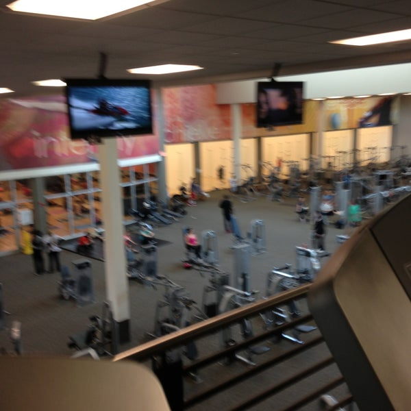 Photo taken at LA Fitness by Cat D. on 5/12/2013