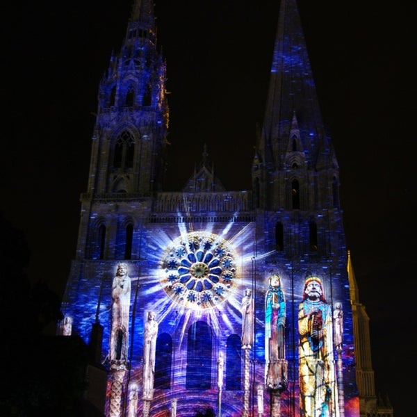 Photo taken at Cathédrale Notre-Dame de Chartres by Jerome L. on 9/12/2013