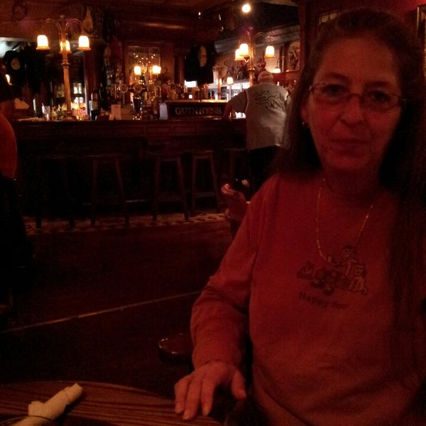 Photo taken at Ugly Oyster Drafthaus by Blaze B. on 10/3/2015