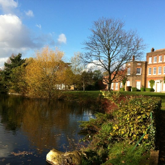 Photo taken at Langtons Gardens by Iria P. on 11/11/2012