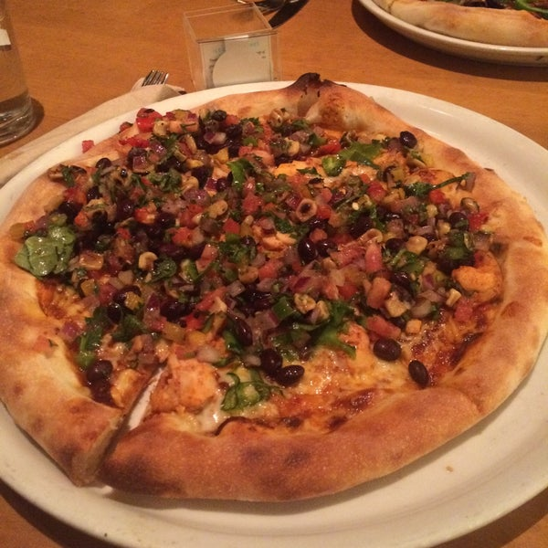 Photo taken at California Pizza Kitchen at Prudential by Alaleh C. on 12/20/2015
