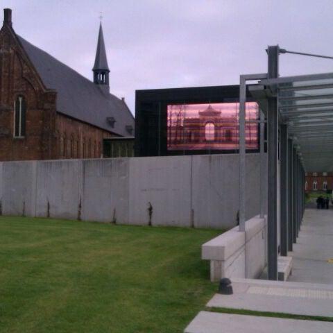 Photo taken at Stadsmuseum Gent | STAM by Yann T. on 9/21/2011