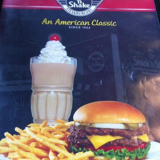 Photo taken at Steak 'n Shake by MJ on 5/28/2012