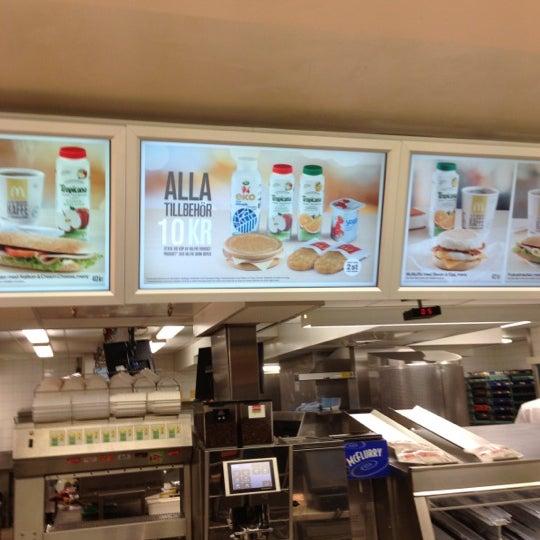 Photo taken at McDonald's by Kat M. on 12/13/2012