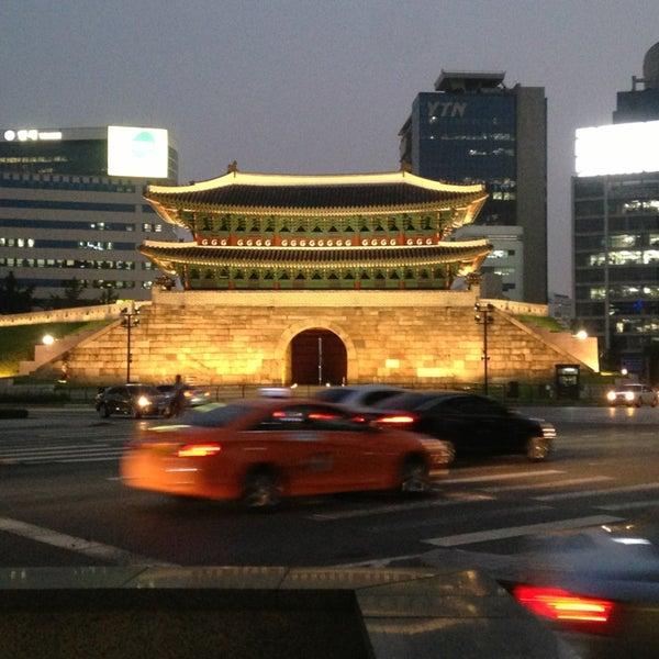 Photo taken at 숭례문 (崇禮門, Sungnyemun) by Shawn M. on 6/24/2013