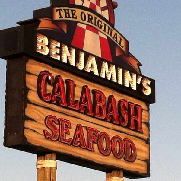 Photo taken at The Original Benjamin's Calabash Seafood by Karin J. on 5/28/2013