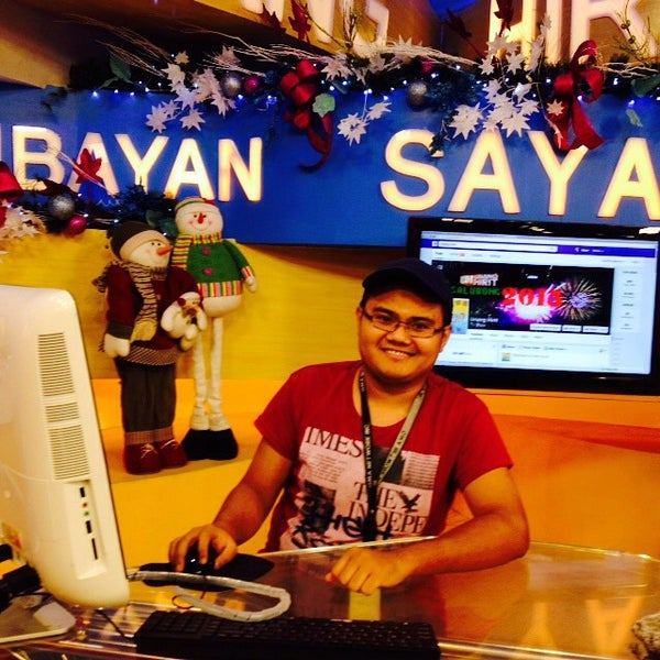 Photo taken at GMA Network Center by Ralph B. on 12/31/2014