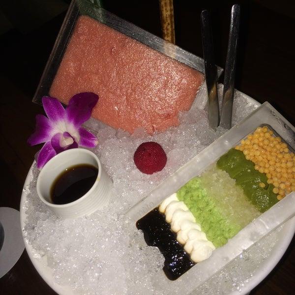 Photo taken at Morimoto Waikiki by Neil on 5/12/2016