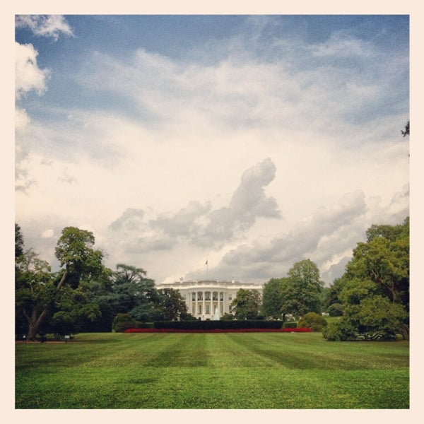 Photo taken at The White House by DizzyTaco™ on 7/28/2013