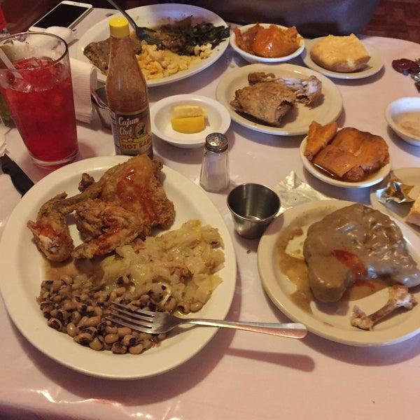 Southern / Soul Food Restaurant In San Antonio