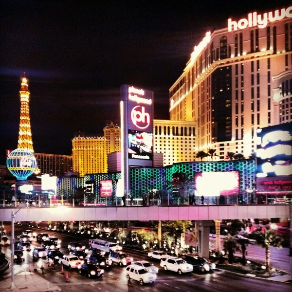 Photo taken at The Las Vegas Strip by Agnieszka J. on 12/31/2012