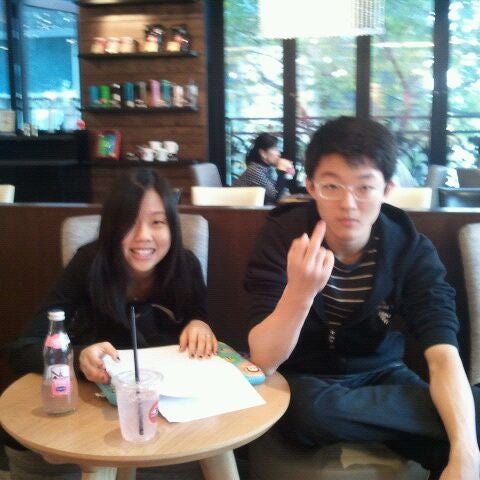 Photo taken at CAFFE PASCUCCI by Freddy S. on 10/30/2011