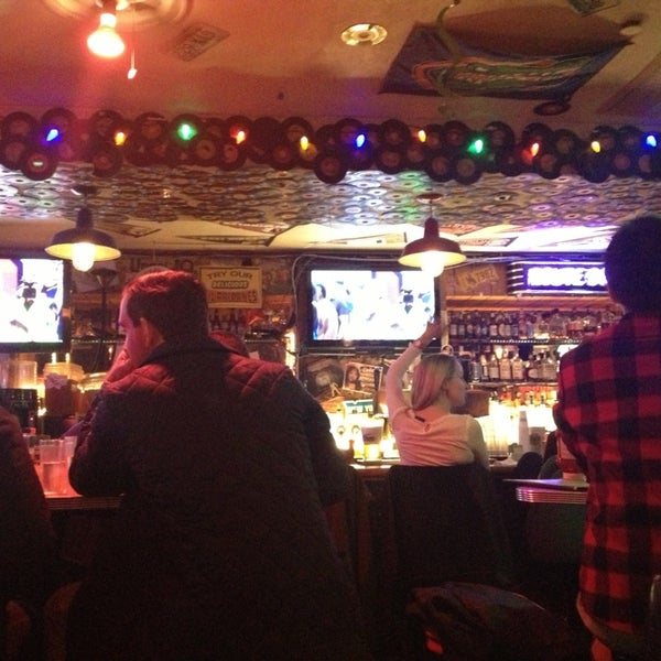 Photo taken at Duke's by Alfonso O. on 1/20/2013