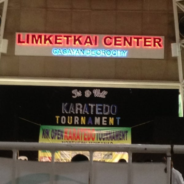 Photo taken at Limketkai Center by She R. on 7/6/2013